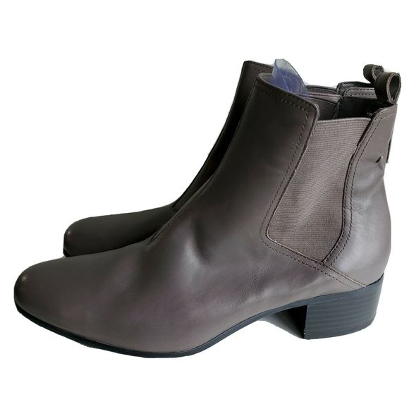 H by Halston Shoes - H By Halston Chelsea Boots Grey Leather Women's 8